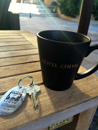 Hotel Cheval: Coffee