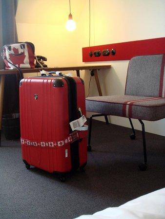 pentahotel Prague: Hotel Room Matched My Luggage