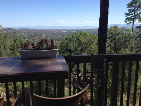 Whispering Pines Bed and Breakfast: View from deck