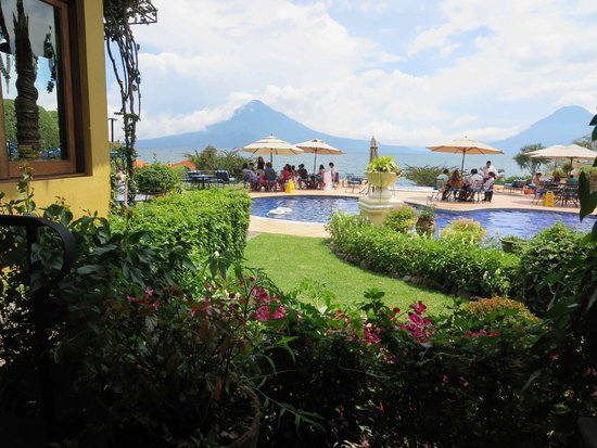 Hotel Atitlan: View from dining terrace