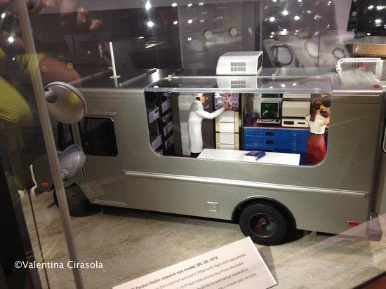 Computer History Museum: Radio Research Van Model