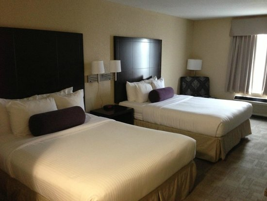 Days Inn - Calgary Airport: Beautifully decorated room