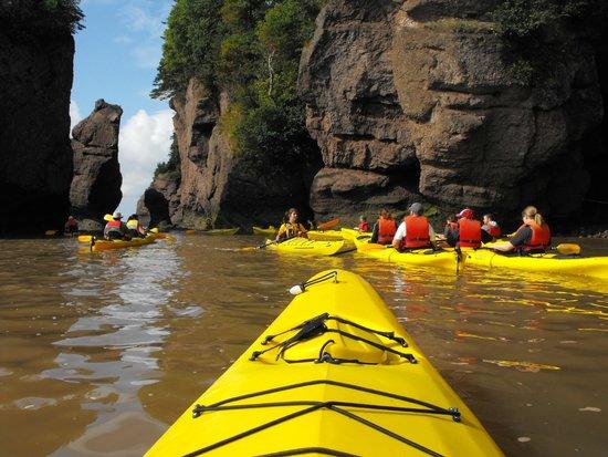 Baymount Outdoor Adventures: close-up of kayaking the rocks