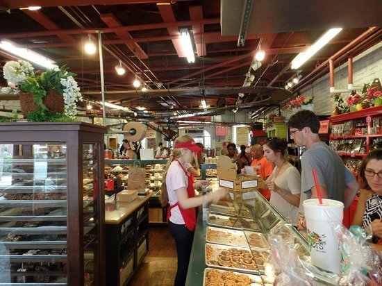 City Market: Savannah Candy Kitchen