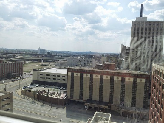 Hilton Milwaukee City Center: View from room