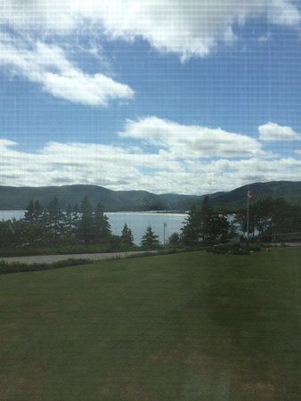 Keltic Lodge Resort & Spa: View of Ingonish beach, room 226