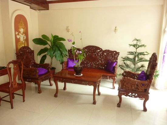 Paris Angkor Boutique Hotel : front lobby