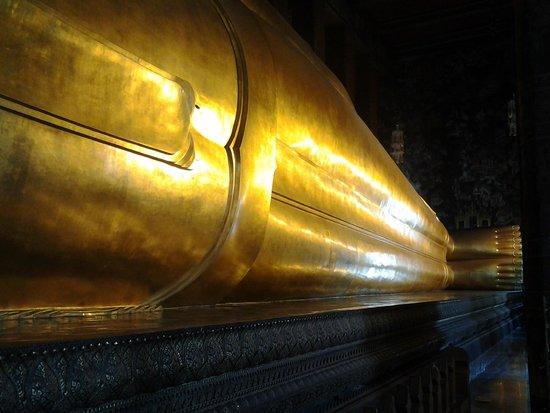 Wat Pho (Tempel des liegenden Buddha): Buda reclinado, Wat Pho