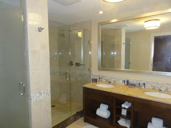 The Ritz-Carlton, Aruba : Bathroom