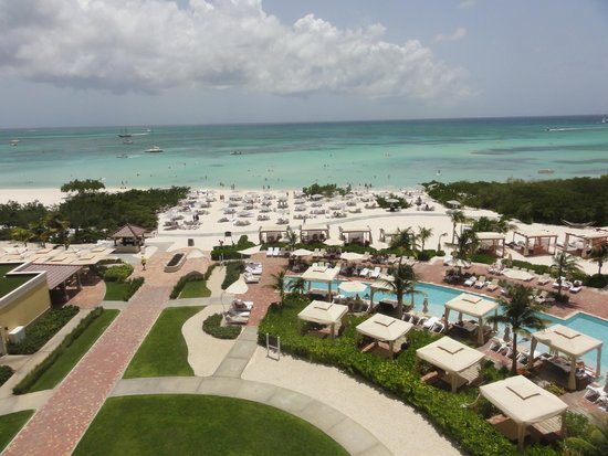 The Ritz-Carlton, Aruba : Straight out from 4th floor ocean front