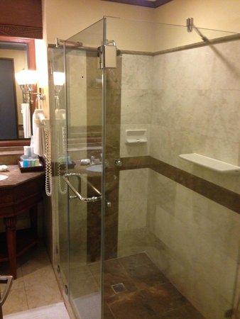 Henann Regency Resort & Spa : ROOM