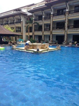 Henann Regency Resort & Spa: ROOM