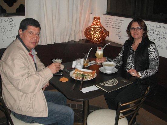 Cafe Soleil: Ambiente acogedor y la cena riquísima y totalmente saludable!