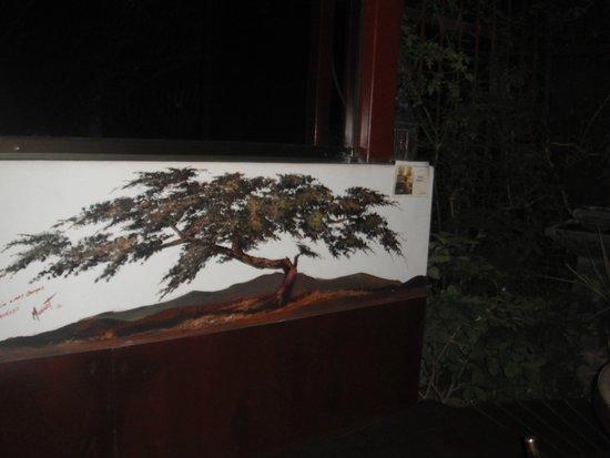 Cafe Soleil: Este precioso paisaje es parte del decorado del restaurante.