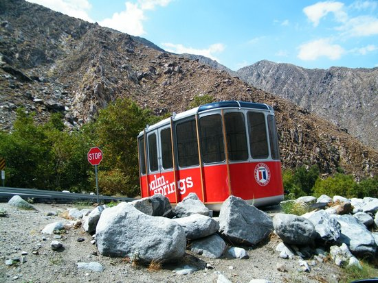 Palm Springs Aerial Tramway: old original tram