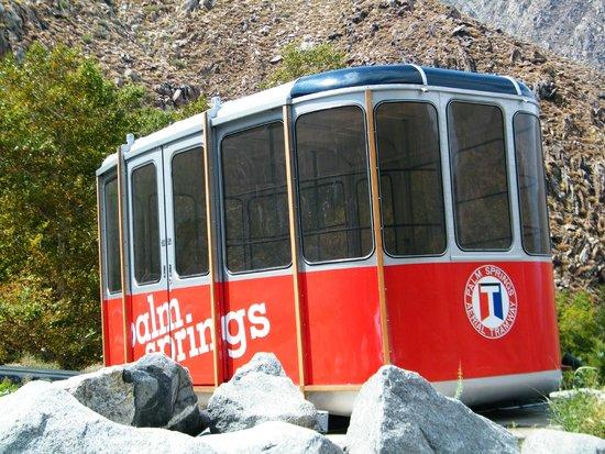 Palm Springs Aerial Tramway: old tram car