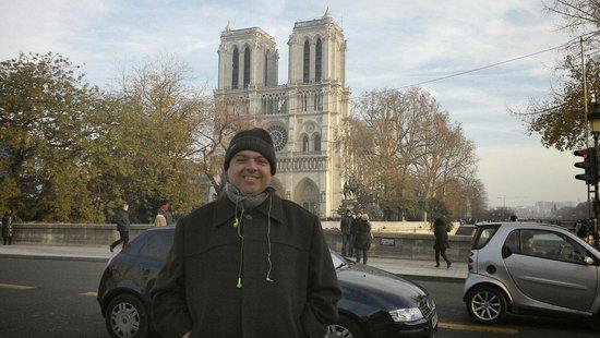 Notre-Dame de Paris: Linda paisagem, vale a visita.