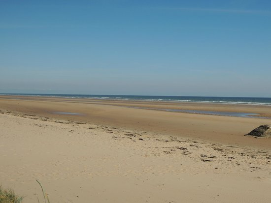 OverlordTour : Omaha Beach - near low tide