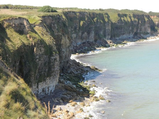 OverlordTour : Cliffs of Pointe du Hoc scaled by American Rangers