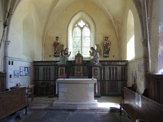 OverlordTour : Church at Angoville au Plain - bullet holes and blood stained pews still exist