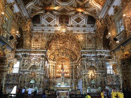 Iglesia de San Francisco: 黄金の教会