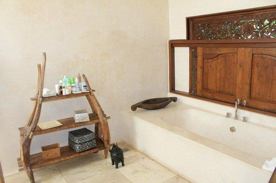Andari Bali Villas : Villa Sayana- Bathroom