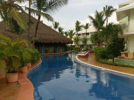 Excellence Punta Cana: bar en piscina