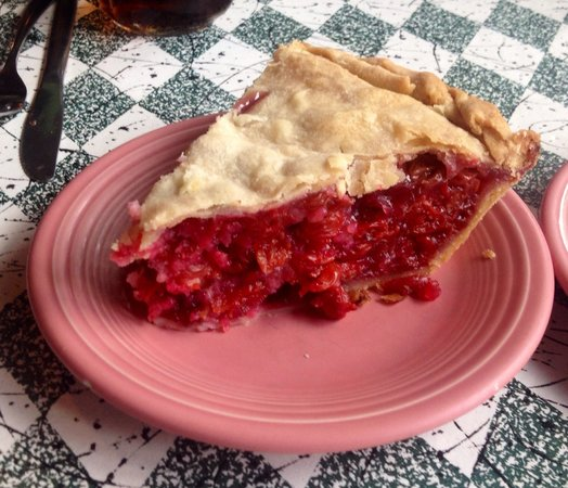The Summer Kitchen Restaurant : Cherry pie