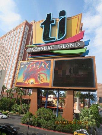 Treasure Island - TI Hotel & Casino: TI Sign