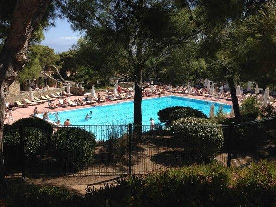 Club Med Sant'Ambroggio: piscine