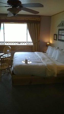 Homer Inn & Spa: Bed