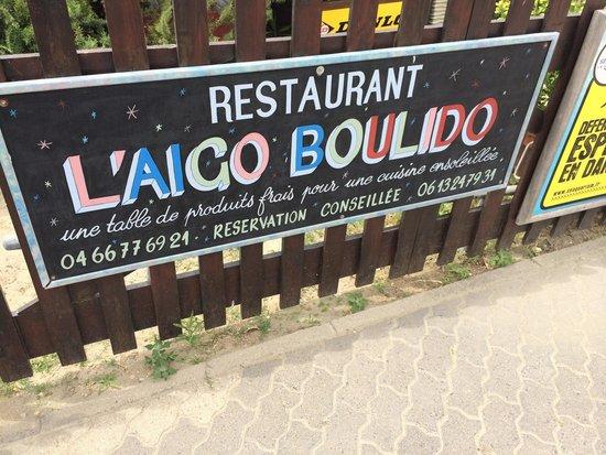 L'Aigo Boulido : La rue