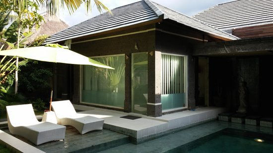 The Buah Bali Villas: リビング部
