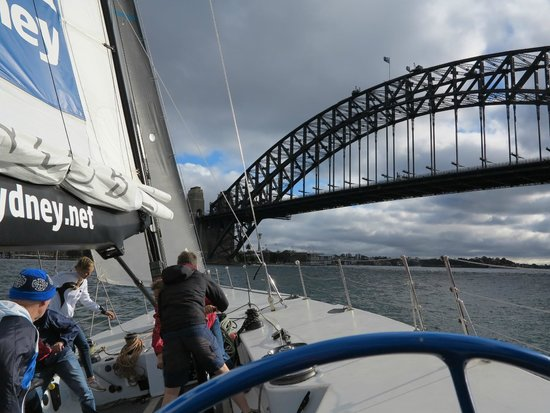 Explore Sailing - America's Cup Sailing Experience : Good breeze, the Bridge, heading for home