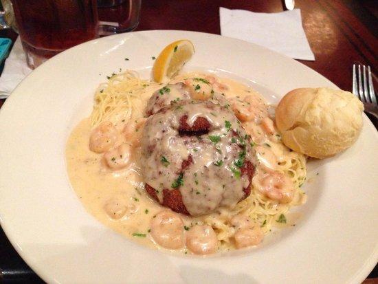Copeland S Crab Cake And Shrimp Alfredo Recipe