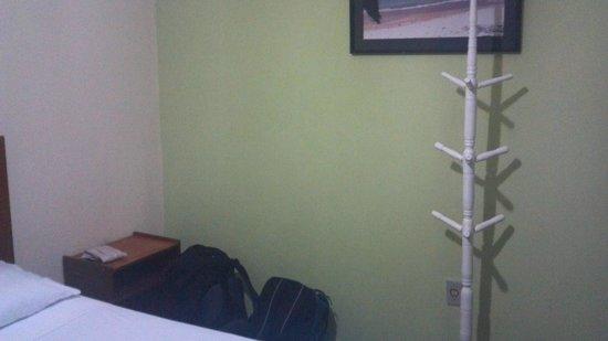 Pousada Cavalo Marinho: Coat rack in room