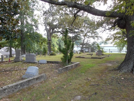 James City Chapel Cemetery