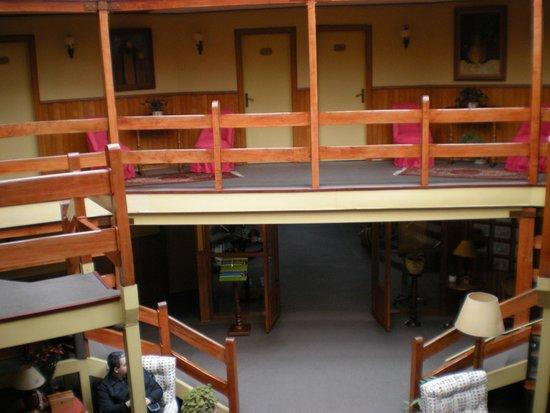 Hotel y Cabanas Los Alerces: Detalhe do interior do hotel.