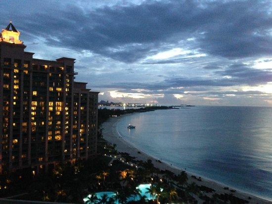 The Cove at Atlantis, Autograph Collection : Sunset