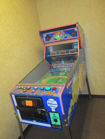 Doubletree Suites by Hilton Hotel Anaheim Resort - Convention  Center: juegos