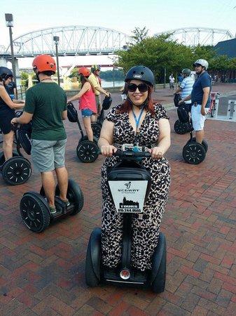 iRide Nashville: Fun to do even in a long dress lol