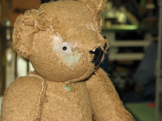 vermont teddy bear co The vermont teddy bear company (vtb) is one of the largest producers of teddy bears and the largest seller of teddy bears by mail order and internetthe company handcrafts each of its teddy.
