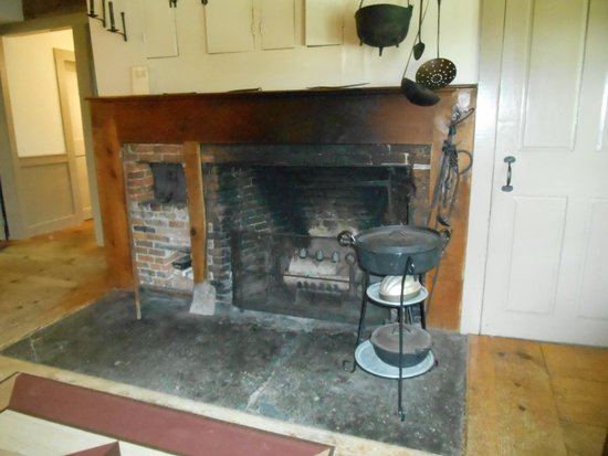 The Inn at Weathersfield : Original kitchen with beehive oven