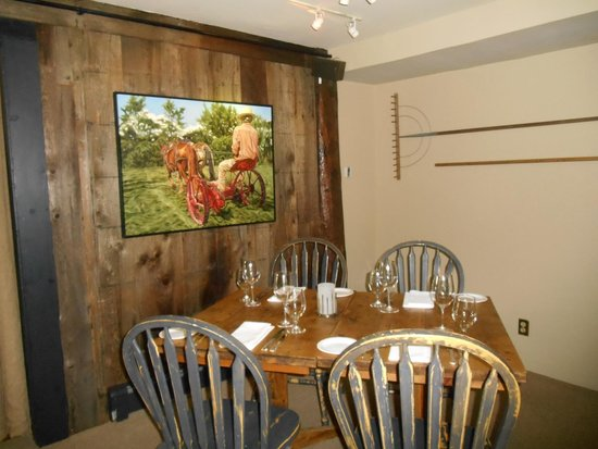 The Inn at Weathersfield : local artists' work hangs in the dining room