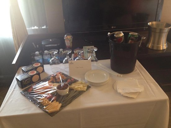 Hilton Milwaukee City Center: Birthday treats from staff