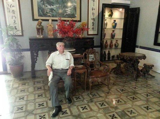 Hotel Puri: Lounge room