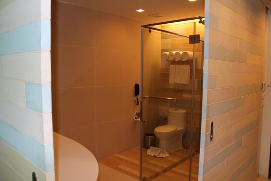 Holiday Inn Resort Krabi Ao Nang Beach: Toilet/Bathroom