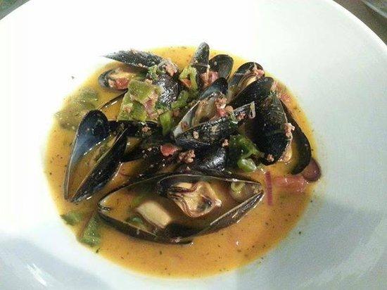 Treasury: chorizo and mussels