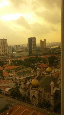 Village Hotel Bugis by Far East Hospitality: View from the room over Kampong Glam