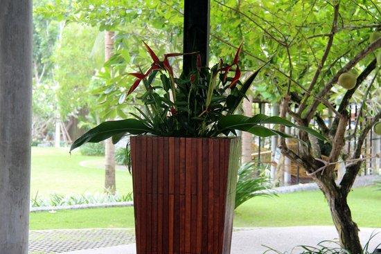 Holiday Inn Resort Krabi Ao Nang Beach: Reception area